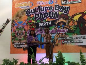 Culture Day Papua - HIMAPSI Universitas AKI